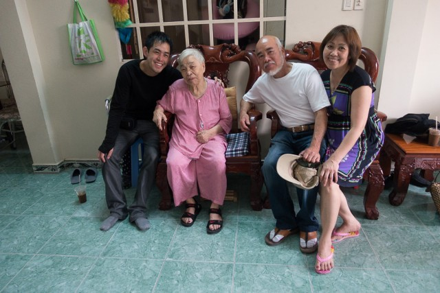 pic of Duy with grandma and parents in Vietnam